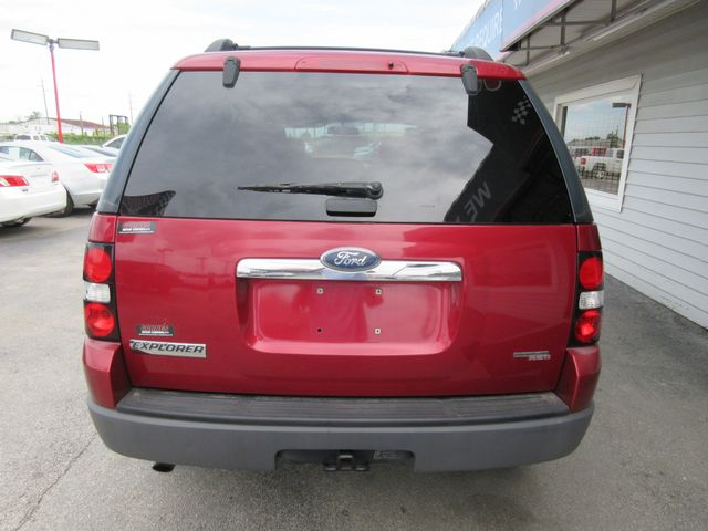 2006 Ford Explorer, PRICE SHOWN IN THE DOWN PAYMENT south houston, TX 4