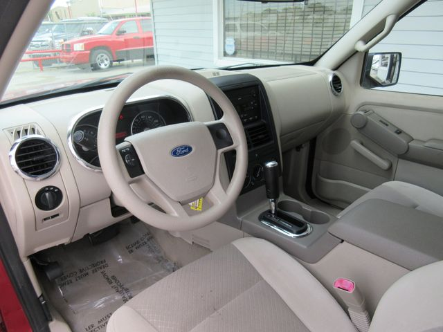 2006 Ford Explorer, PRICE SHOWN IN THE DOWN PAYMENT south houston, TX 9