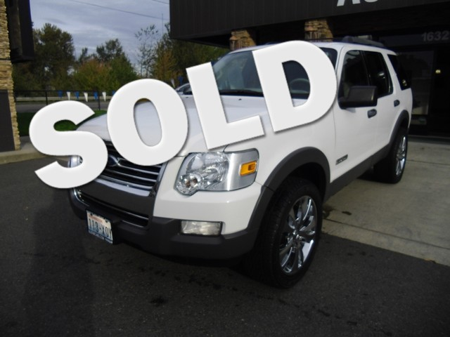 2006 Ford Explorer XLT 4WD The CARFAX Buy Back Guarantee that comes with this vehicle means that yo