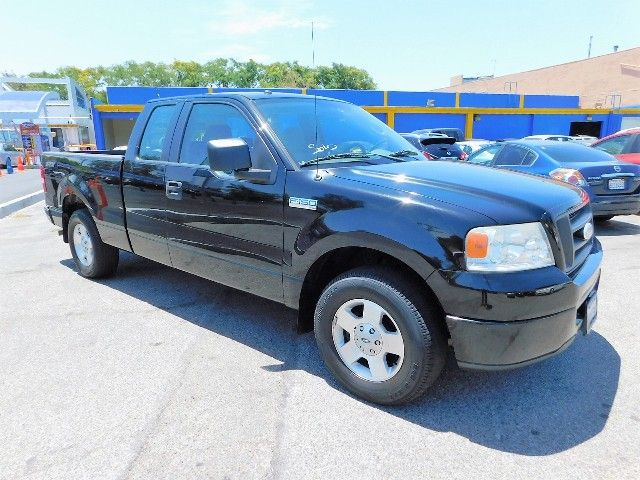 2006 Ford F-150 STX Limited warranty included to assure your worry-free purchase AutoCheck report