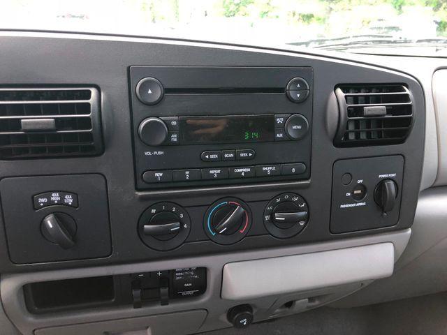 2006 Ford F350 XLT SUPER DUTY Sterling, Virginia 12