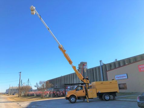 2006 Ford F650 FORESTRY BUCKET TRUCK   in Fort Worth, TX