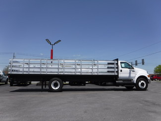 2006 Ford F750 26FT Stake Truck in Ephrata, PA
