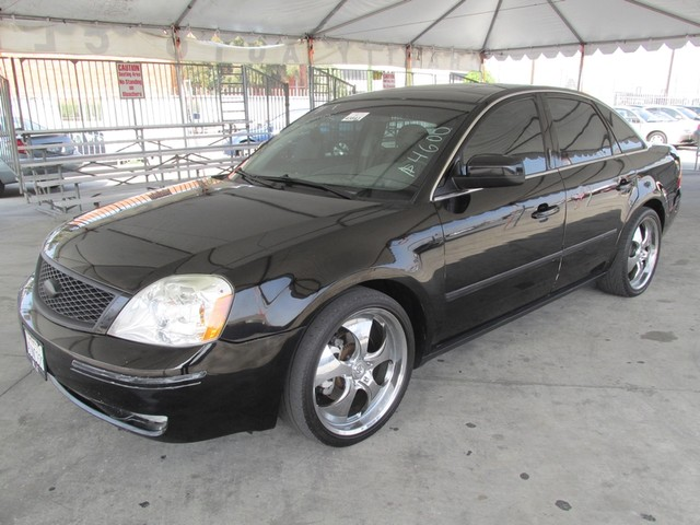 2006 Ford Five Hundred SEL Please call or e-mail to check availability All of our vehicles are a