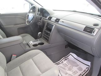 2006 Ford Five Hundred SE Gardena, California 8