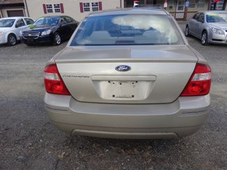 2006 Ford Five Hundred SE Hoosick Falls, New York 3