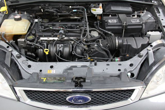 2006 Ford Focus SE ZX4 Richmond, Virginia 17