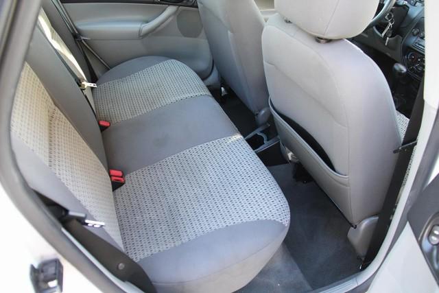 2006 Ford Focus SE Santa Clarita, CA 16