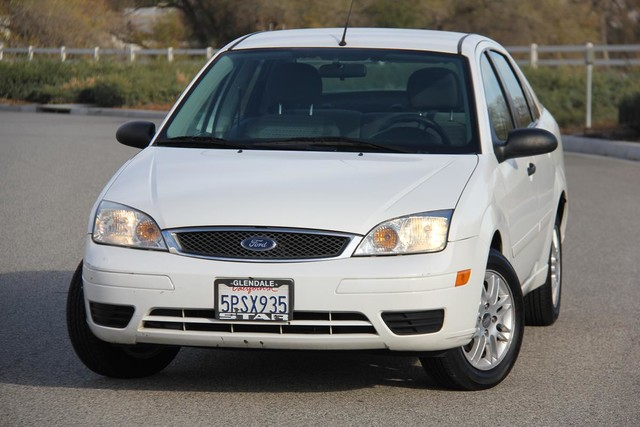 2006 Ford Focus SE Santa Clarita, CA 4