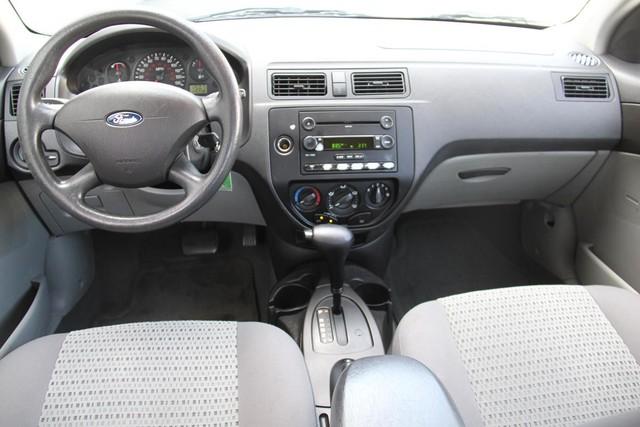 2006 Ford Focus SE Santa Clarita, CA 7