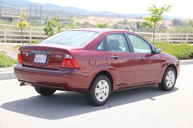2006 Ford Focus SE Santa Clarita, CA 6