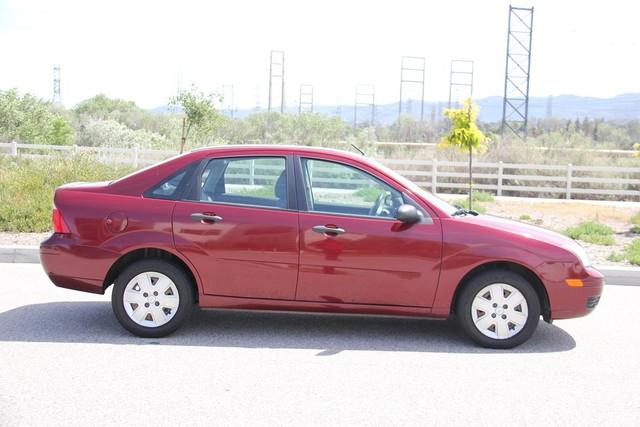 2006 Ford Focus SE Santa Clarita, CA 12