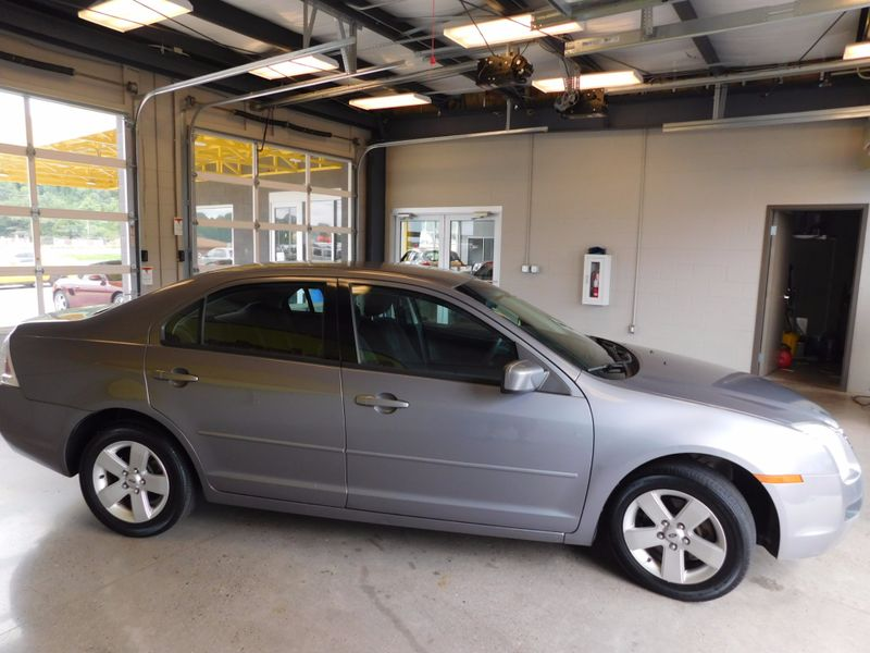 2006 Ford Fusion SE  city TN  Doug Justus Auto Center Inc  in Airport Motor Mile ( Metro Knoxville ), TN