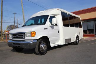 2006 Ford H-Cap Mini Bus Charlotte, North Carolina 1