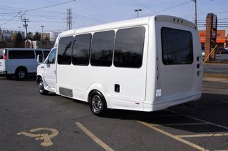 2006 Ford H-Cap Mini Bus Charlotte, North Carolina 4