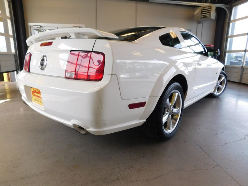 2006 Ford Mustang GT Deluxe  city TN  Doug Justus Auto Center Inc  in Airport Motor Mile ( Metro Knoxville ), TN
