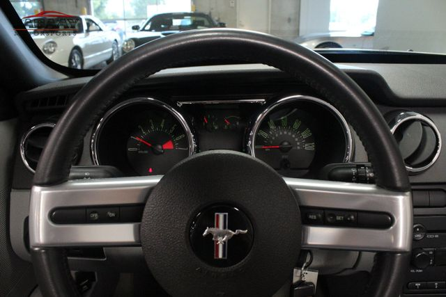 2006 Ford Mustang Premium Merrillville, Indiana 14