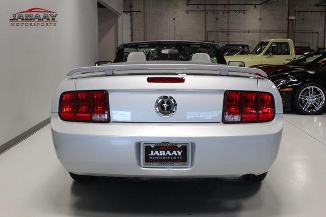 2006 Ford Mustang Premium Merrillville, Indiana 3