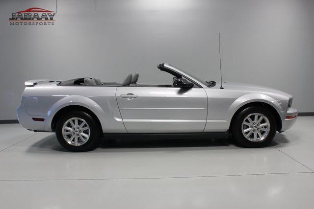 2006 Ford Mustang Premium Merrillville, Indiana 5