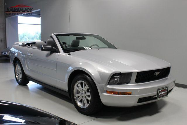 2006 Ford Mustang Premium Merrillville, Indiana 6