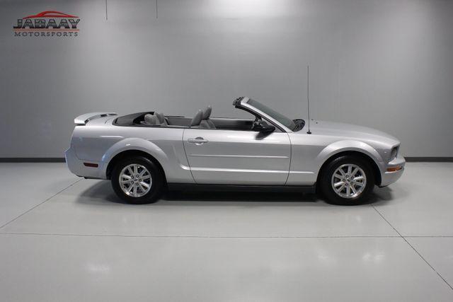 2006 Ford Mustang Premium Merrillville, Indiana 38