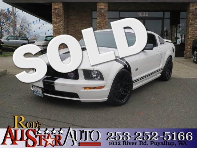2006 Ford Mustang GT Deluxe The CARFAX Buy Back Guarantee that comes with this vehicle means that