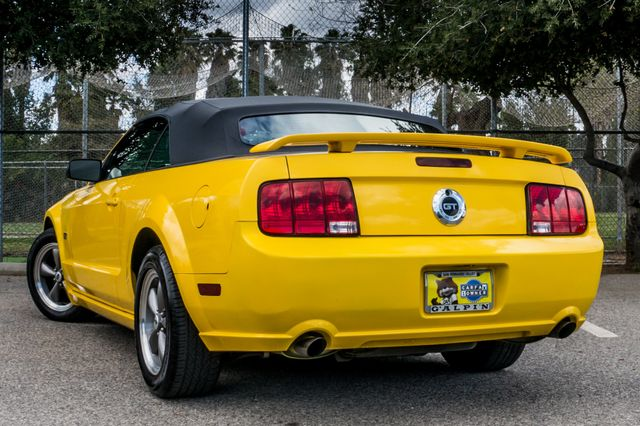 2006 Ford Mustang GT Deluxe Reseda, CA 10