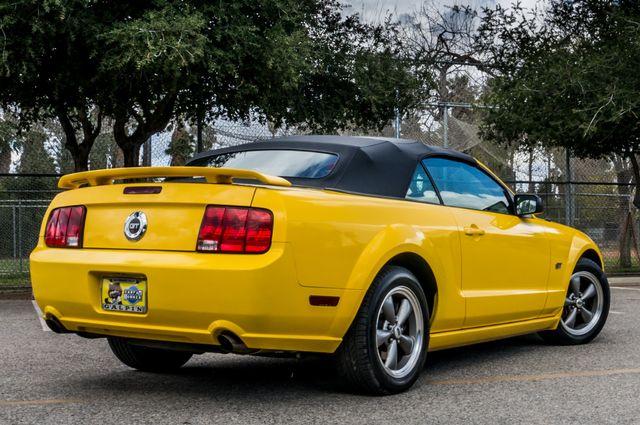 2006 Ford Mustang GT Deluxe Reseda, CA 12