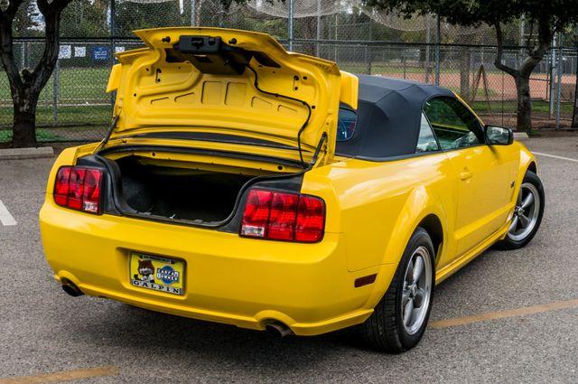 2006 Ford Mustang GT Deluxe Reseda, CA 14