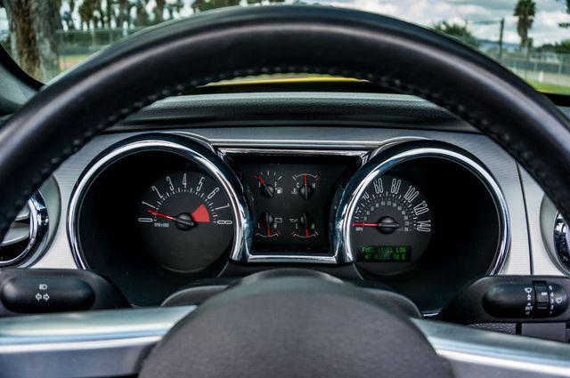 2006 Ford Mustang GT Deluxe Reseda, CA 19