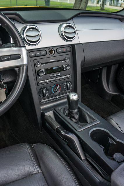 2006 Ford Mustang GT Deluxe Reseda, CA 25