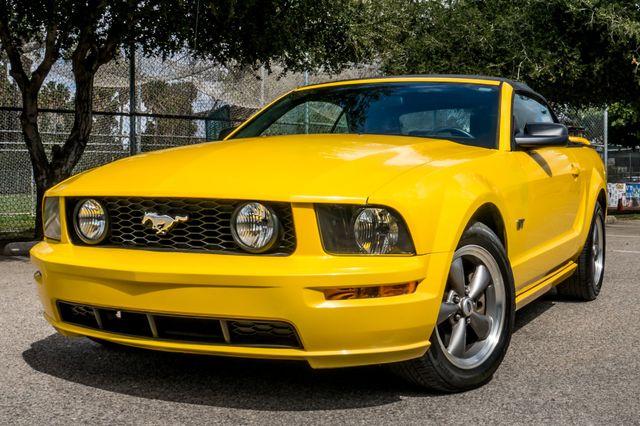 2006 Ford Mustang GT Deluxe Reseda, CA 43