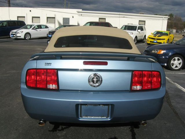 2006 Ford Mustang Deluxe Richmond, Virginia 6