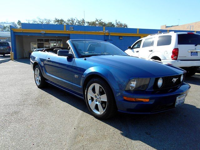 2006 Ford Mustang GT Deluxe Limited warranty included to assure your worry-free purchase AutoChec