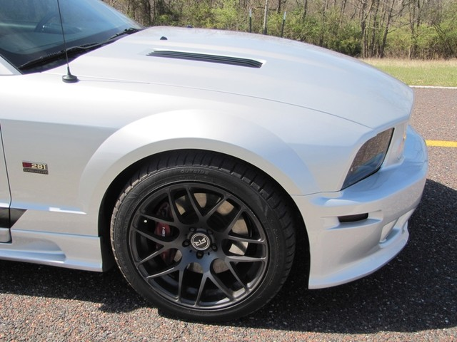 2006 Ford Mustang Saleen St. Louis, Missouri 3