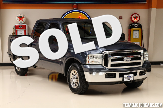 2006 Ford Super Duty F-250 XLT This Carfax 1-Owner accident-free 2006 Ford Super Dty F-250 XL is i