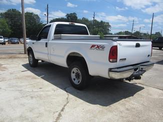 2006 Ford Super Duty F-250 XL 4X4 Houston, Mississippi 4