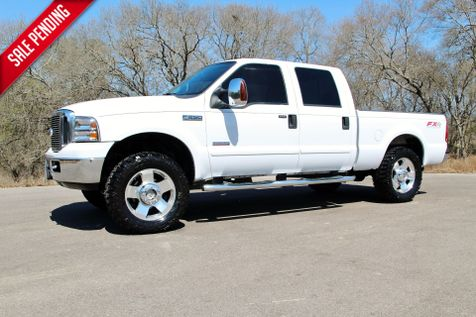 2006 Ford Super Duty F-250 Lariat - 4x4 in Liberty Hill , TX