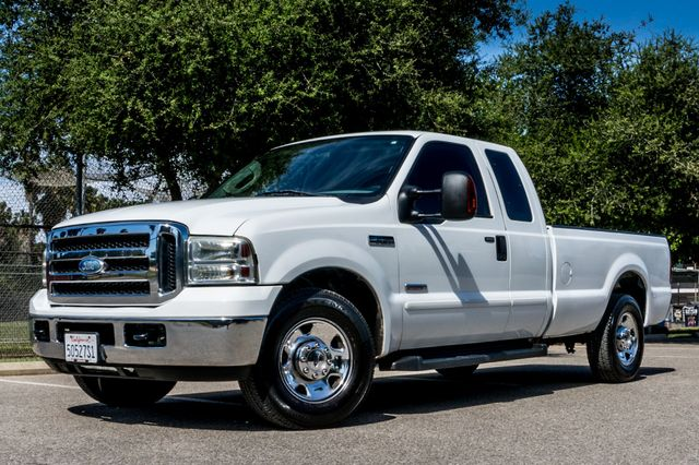 2006 Ford Super Duty F-250 XL Reseda, CA 1