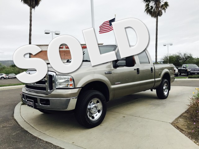 2006 Ford Super Duty F-250 XL Youll enjoy better mileage with a fuel efficient Diesel engineWhet