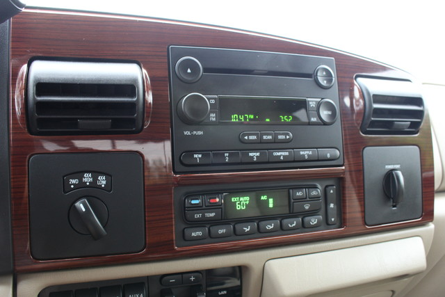 2006 Ford Super Duty F-350 DRW Lariat Mooresville , NC 14