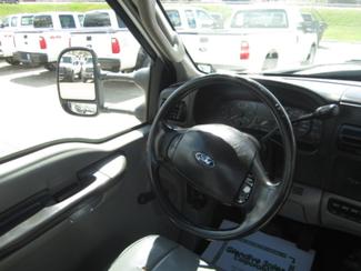 2006 Ford Super Duty F-550 DRW XL  Glendive MT  Glendive Sales Corp  in Glendive, MT
