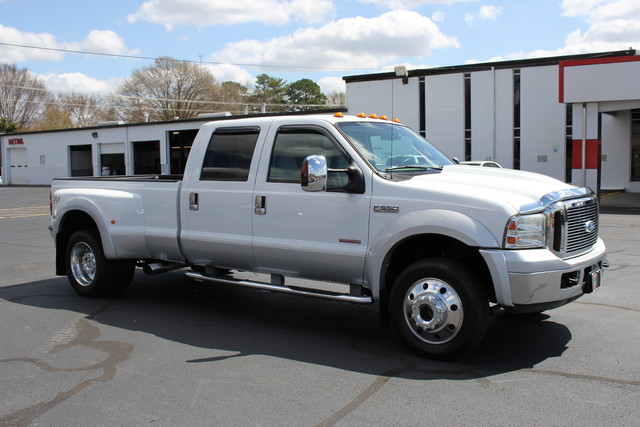 2006 Ford Super Duty F-550 DRW Lariat-BULLET-PROOFED-4X4 Mooresville , NC 10