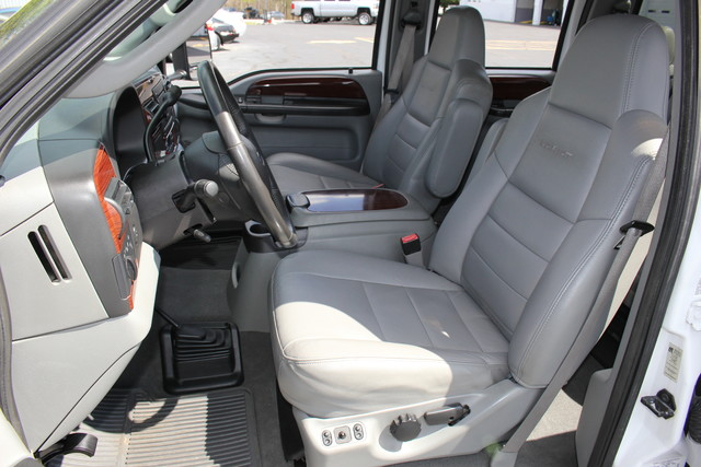 2006 Ford Super Duty F-550 DRW Lariat-BULLET-PROOFED-4X4 Mooresville , NC 22