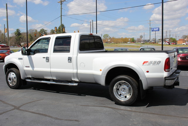 2006 Ford Super Duty F-550 DRW Lariat-BULLET-PROOFED-4X4 Mooresville , NC 4