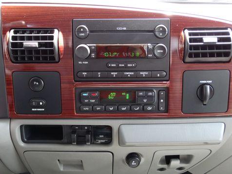 2006 Ford Super Duty F250 Crew Cab Lariat 6.0L Power Stroke Diesel   American Auto Brokers San Antonio, TX in San Antonio, Texas
