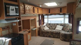 2006 Forest River Wildcat 30LSWB   city Florida  RV World Inc  in Clearwater, Florida