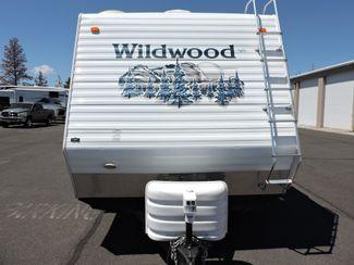 2006 Forest River Wildwood T25 Toy Hauler Generator/Fuel Station/Solar Bend, Oregon 4