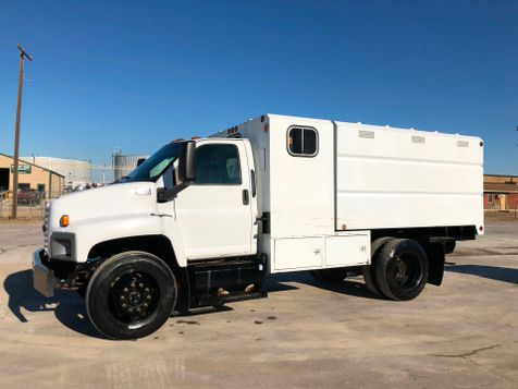 2006 GMC 6500 CHIPPER BED DUMP TRUCK  in Fort Worth, TX