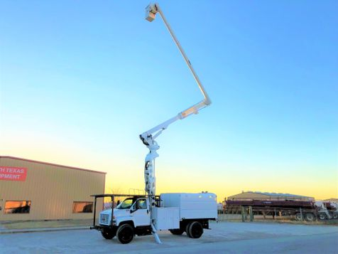 2006 GMC 7500 FORESTRY BUCKET TRUCK 70 FT  in Fort Worth, TX